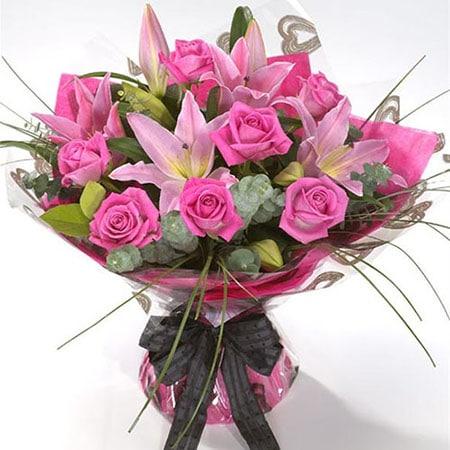 crini regali cu trandafir roz