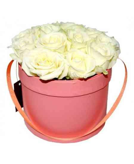 box-of-15-white-roses